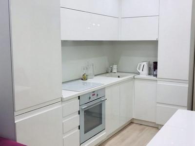 Кухня №30 (зеленая с белым)